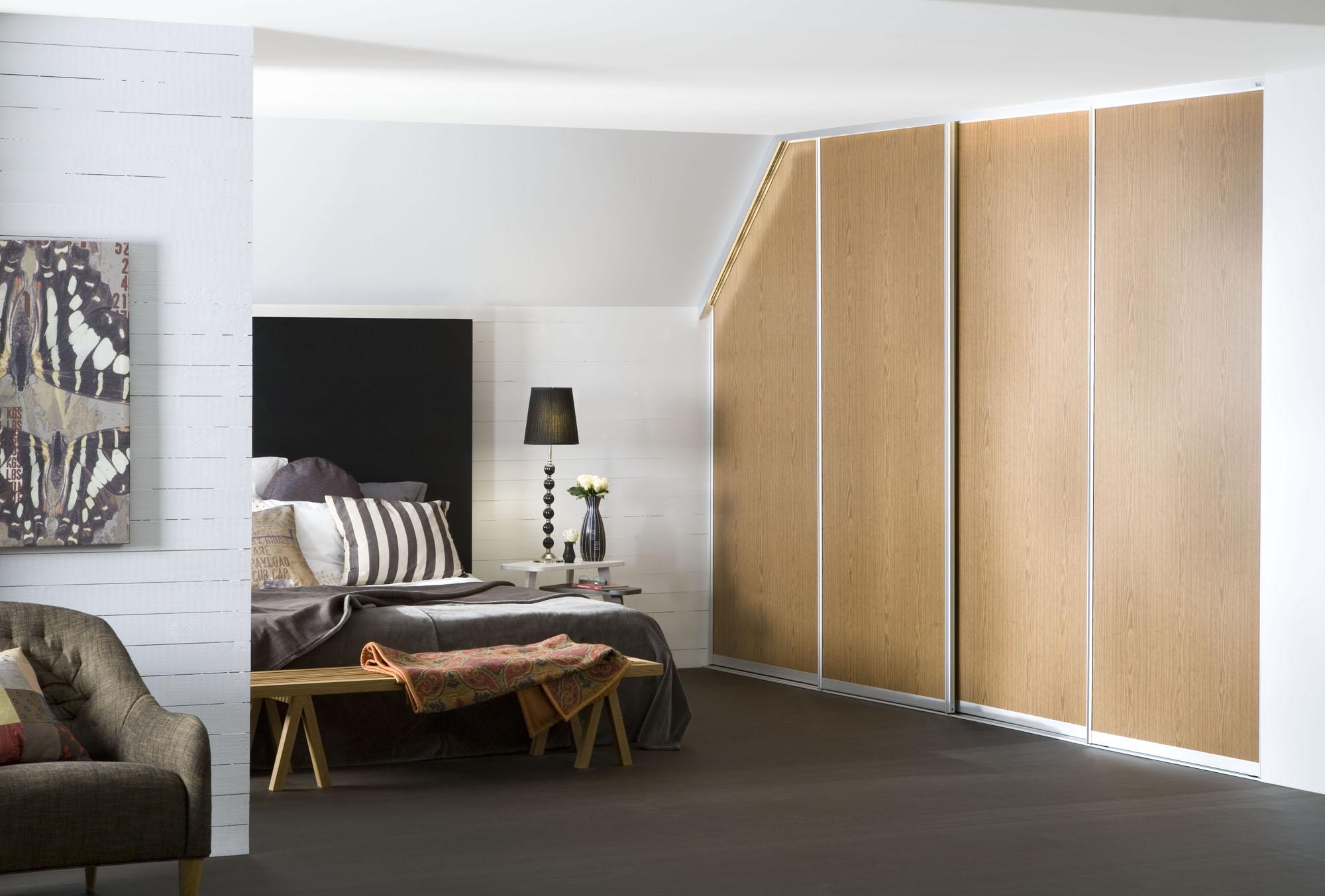 vente placards et solutions de rangements elfa sur mesure. Black Bedroom Furniture Sets. Home Design Ideas
