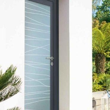 Porte d'entrée avec vitrage plein - ELVA - EPMR - Marseille - Aix en Provence - Toulon