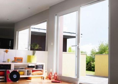 Fenêtre PVC Baie vitrée coulissante - ©ELVA - EPMR Menuiserie PACA 13